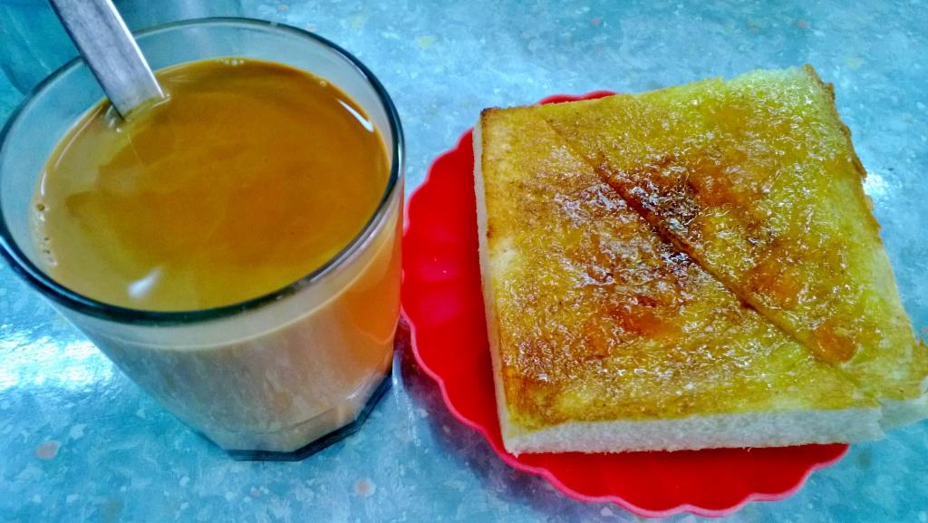 milk tea jam and butter toast