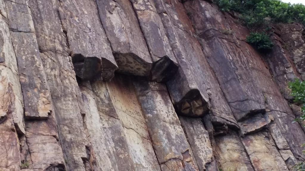 Stunning world-class hexagonal rock columns at High Island Reservoir