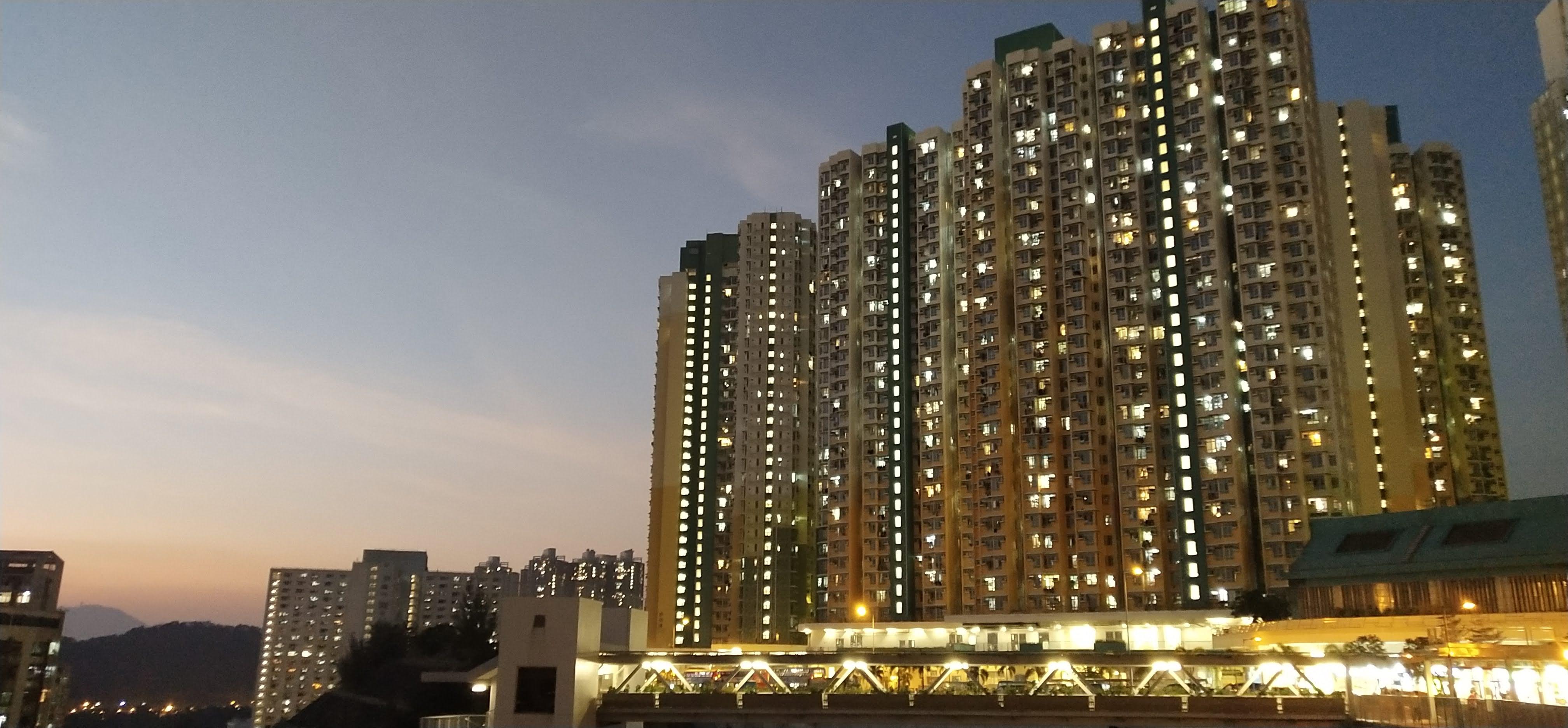 On Tai Estate night view