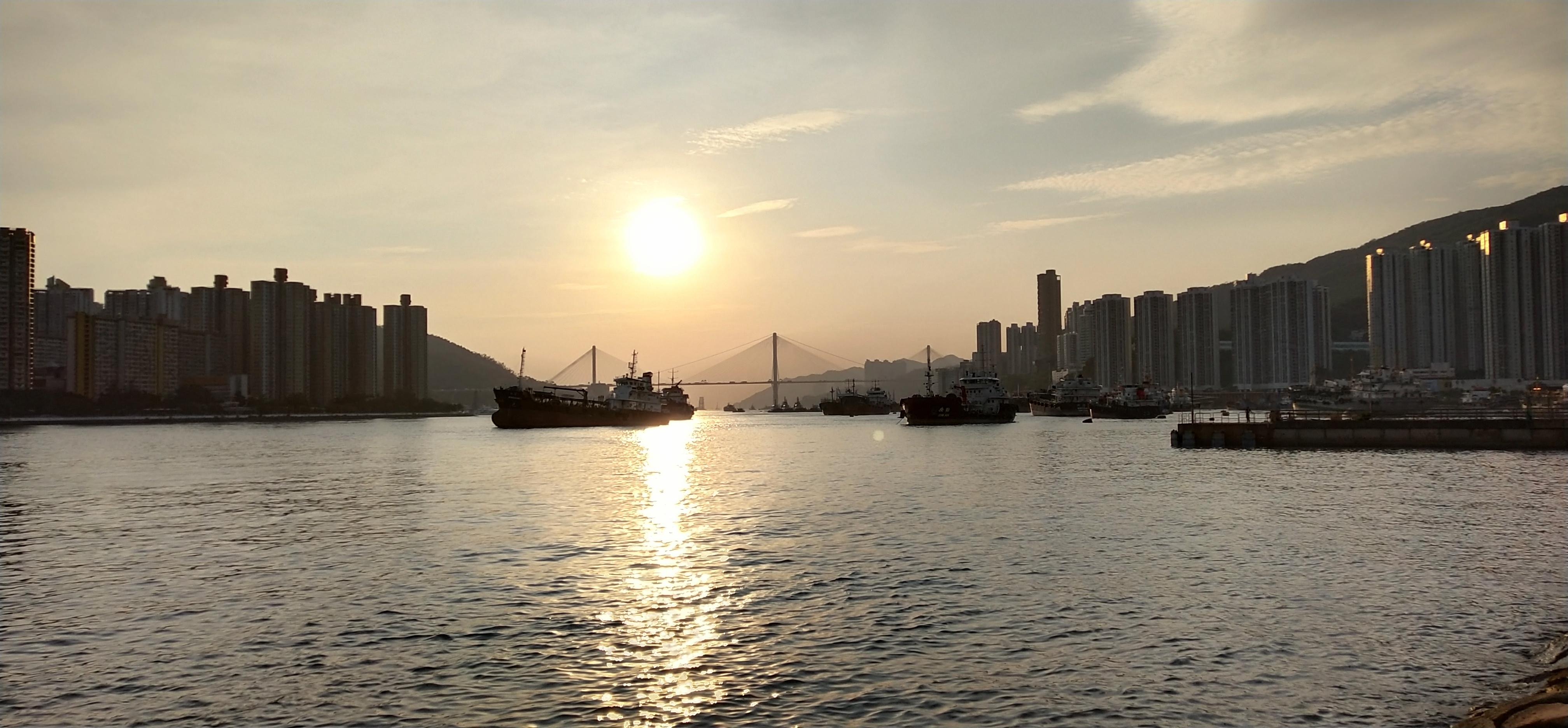 See sunset at Tsuen Wan Park waterfront