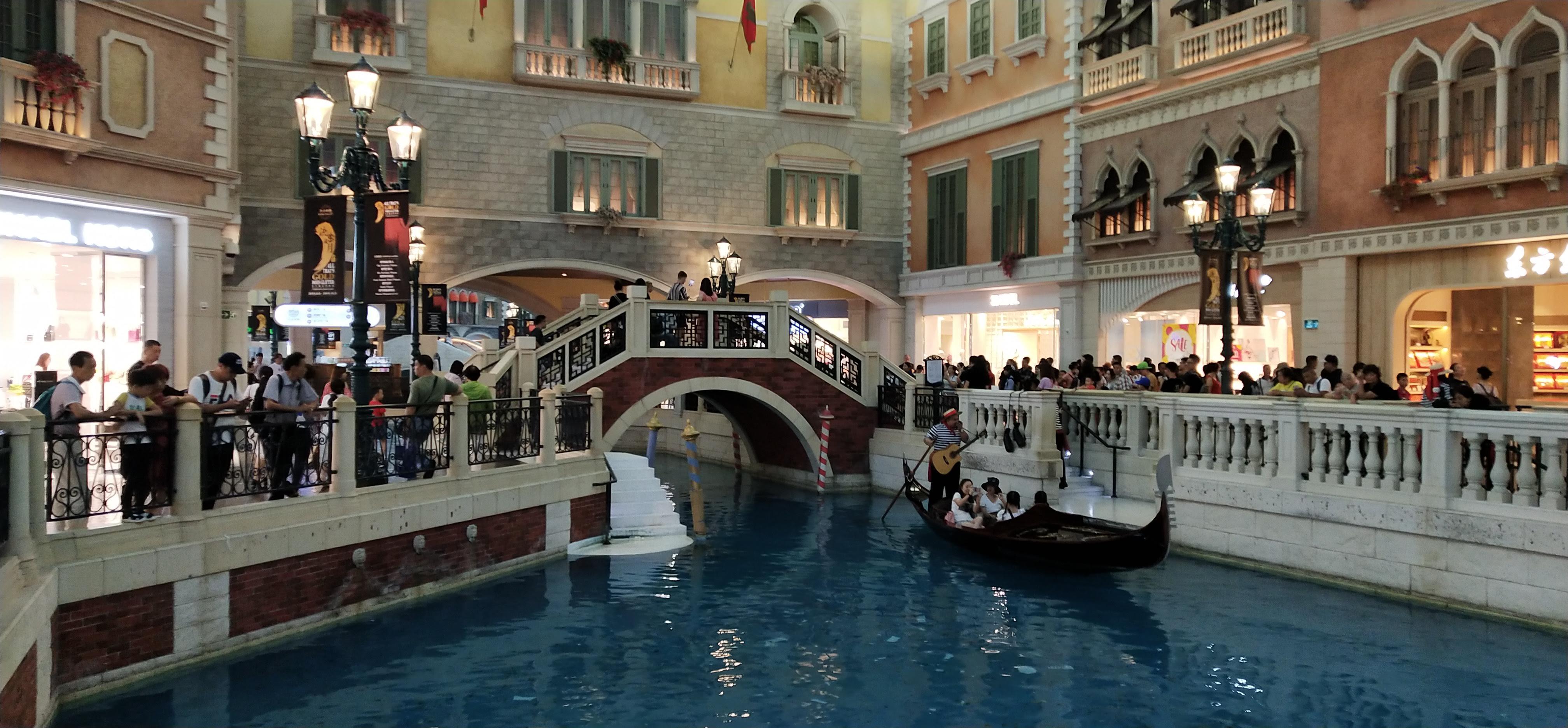 Take Gondola and go shopping at Venetian