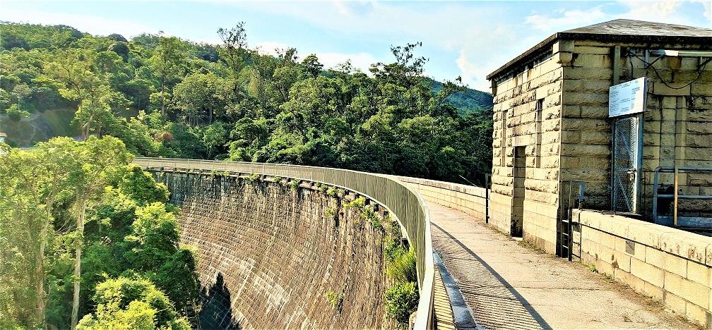 The dam of Kowloon Reservoir.